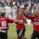 Foto curiosa de futbolistas en Pelotas