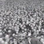 ¿Sabías que el estadio del Liverpool fue reformado para evitar que el público tirara sus excrementos al césped?