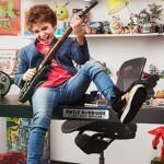 """Toys R Us contrata a un niño de 12 años como """"director ejecutivo de diversión"""""""