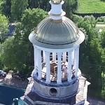 Un dron 'caza' a una pareja de turistas teniendo sexo en una iglesia rusa