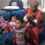 Una mujer da a luz a gemelos tres veces en dos años en EEUU