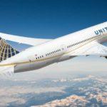 Prohíben a dos chicas subir a un avión de la compañía United Airlines por vestir con 'leggings'