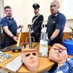 Dos ladrones, detenidos en Italia por intentar robar con máscaras de Trump