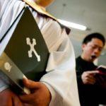 Cristianos chinos, obligados a cambiar los cuadros de Jesucristo por los del presidente Xi Jinping