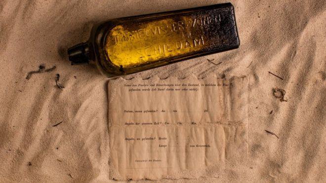 Imagen del mensaje en una botella más antiguo de la historia